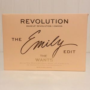 Make Up Revolution Eyeshadow Palette